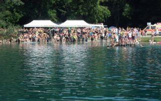 Vier-Seen-Schwimmen-2015-Startaufstellung - Foto: SwimRun Germany