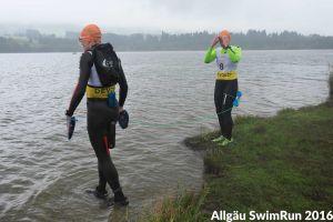 1. Allgäu SwimRun - das Team am 3. Schwimmen