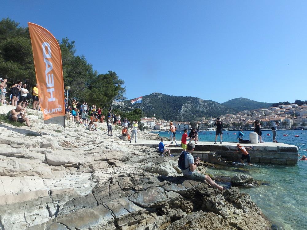 SwimRun Hvar - Sprint, Ausstieg nach dem ersten Schwimmen