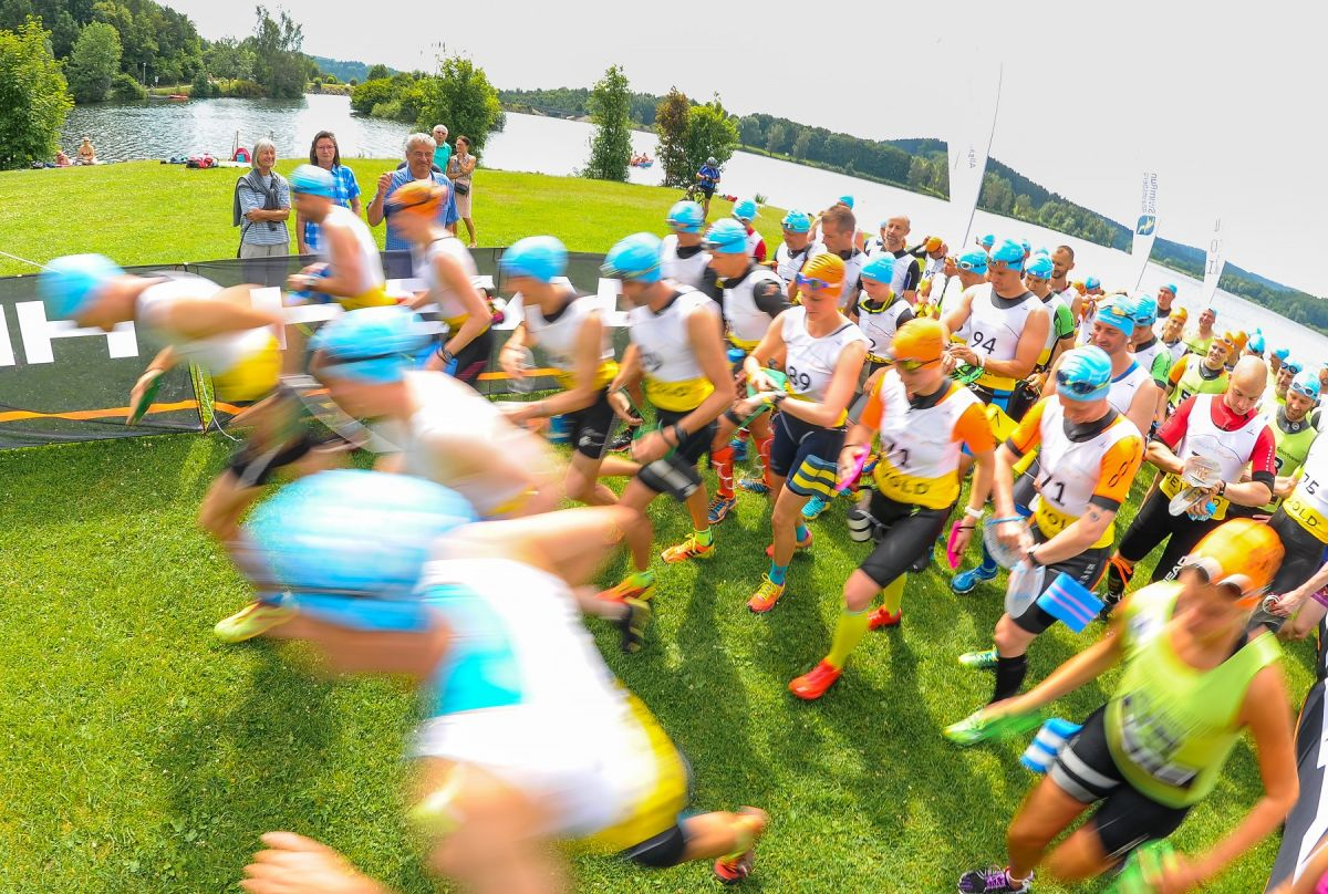 SwimRun Hof 2018 Start -Foto: Andreas Geisser