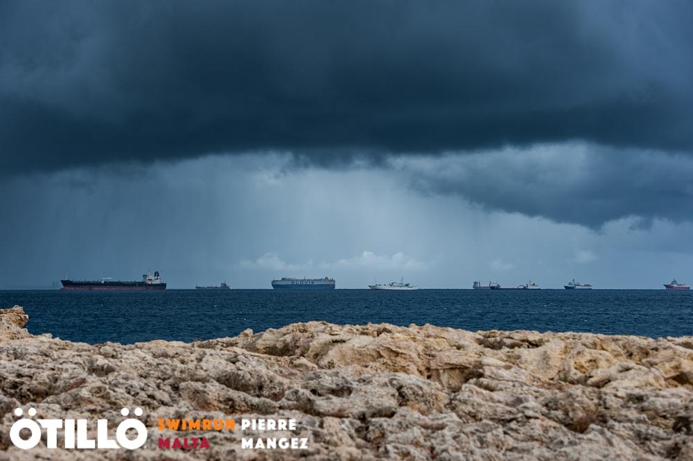 SwimRun Malta - Frachter - Foto: ÖTILLÖ